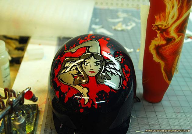Airbrush sur casque réalisé à Montréal