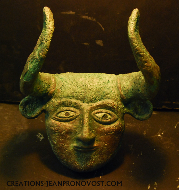 masque sumerien, sculpteur montreal, sculpture ancienne montreal, sculpture ancienne civilisation.