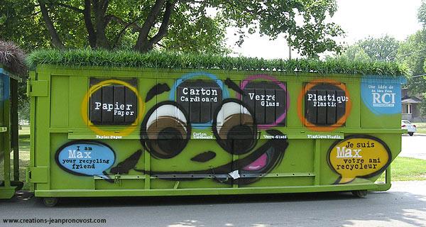 Conteneur à recyclage peint au airbrush