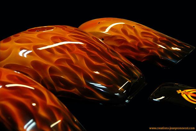 Custom airbrush flames (True Flame style) - Custom bike paint job in Montreal