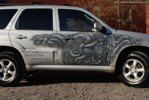 Airbrush on an automotive