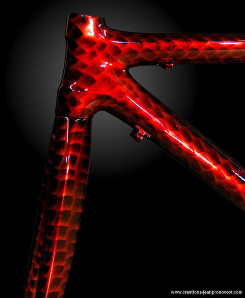 Airbrush sur bicyclette - peinture airbrush sur vélo