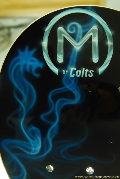Airbrush on guitar Montreal - Colts