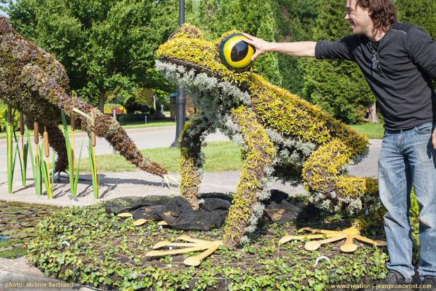 Montreal Sculpture - Jean Pronovost, Mosaiculture, Montreal
