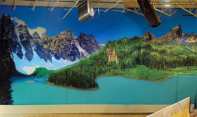 Detail of the panoramic large scale mural, created by the Montreal airbrush painter Jean Pronovost