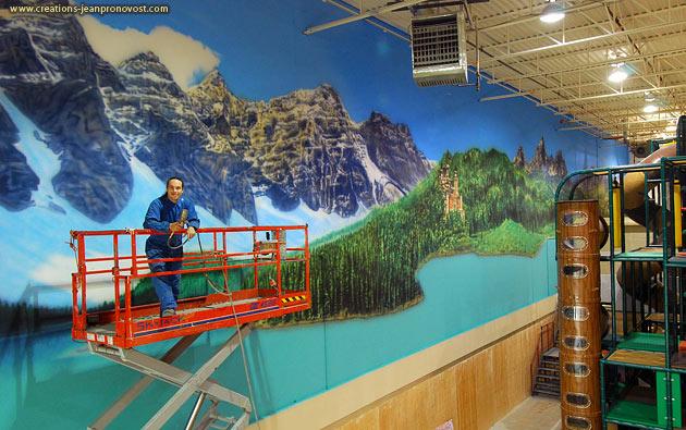 Mural airbrush painting Montreal - Jean Pronovost airbrush muralist painter Montreal