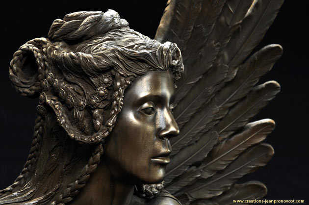 Le Sphinx - détail de la sculpture réalisé par Jean Pronovost
